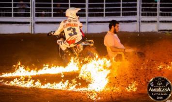 'Motoqueiro Maluco' reabre Festa do Peão de Americana