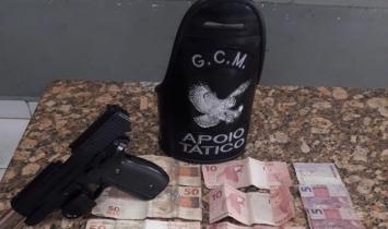 Adolescentes apreendidos com drogas, arma e dinheiro em S.Bárbara