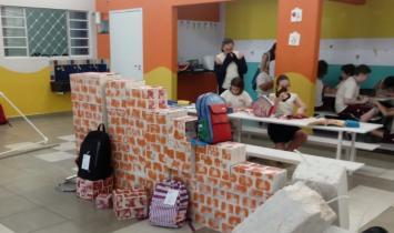Colégio realiza ação social no Tivoli Shopping