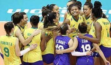 Brasil bate a Sérvia no tie-break e estreia com vitória na Copa do Mundo de vôlei