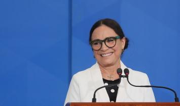 Regina Duarte deixa Secretaria Especial de Cultura