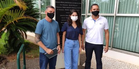 Vereadores obrigam escolas de S.Bárbara a notificarem casos positivos de Covid