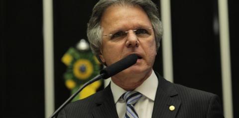 Da tribuna da Câmara, Macris critica gestão de Bolsonaro frente à Pandemia