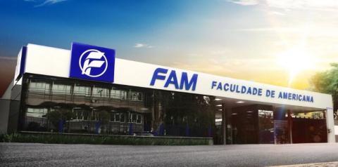 FAM realiza Drive-Thru para arrecadar alimentos e smartphones