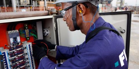 PAT Sumaré oferece vaga para eletricista de manutenção industrial