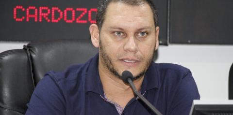 Vereador propõe isenção de IPTU para moradores de rua com feira livre