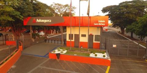 Anhanguera promove feira com mais de 200 vagas de trabalho em S. Bárbara