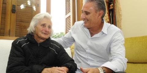Mãe do técnico Tite morre aos 83 anos