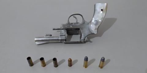 Homem é preso por tentativa de feminicídio e porte ilegal de arma em Nova Odessa