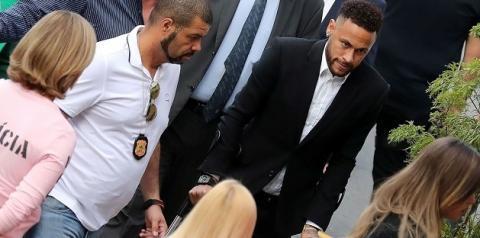 Delegada encerra investigações sobre caso Neymar