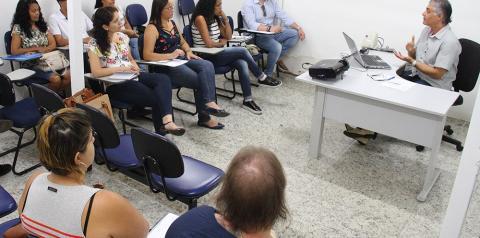 S.Bárbara oferece palestra sobre currículo e entrevista de emprego