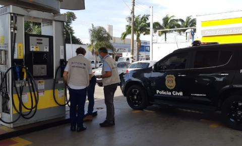 Procon de Americana e Polícia Civil fiscalizam e multam postos de combustíveis por irregularidades