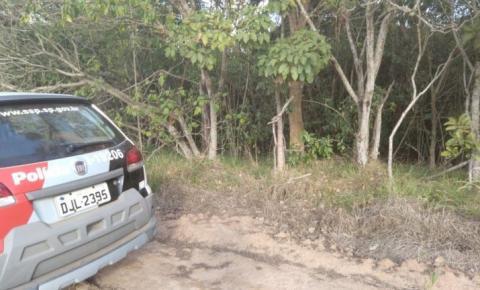 URGENTE: Corpo é encontrado enterrado em Santa Bárbara