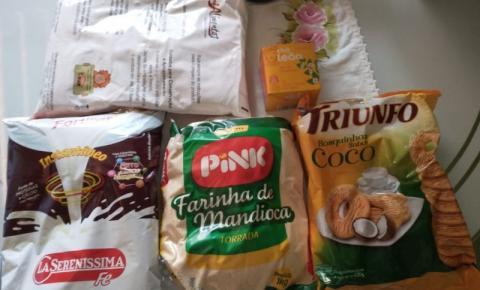 Aluno de creche recebe kit alimentação com cinco itens em S. Bárbara
