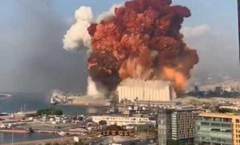 Explosão atinge área portuária no Líbano e deixa milhares de feridos