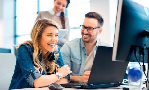 Demanda por profissionais de TI é crescente e salários são mais valorizados