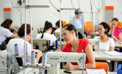 Americana abre inscrições para cursos gratuitos de corte e costura