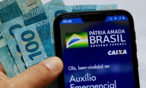 Valor médio de auxílio emergencial será de R$ 250, diz Guedes