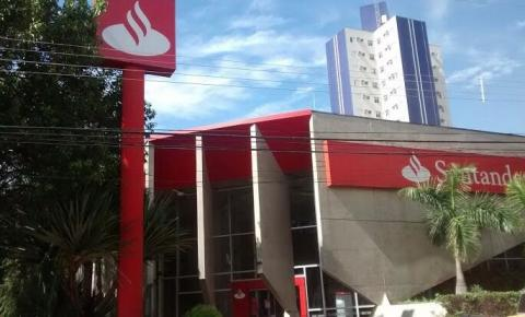 Covid-19: Agência do Santander do Centro de Americana está fechada