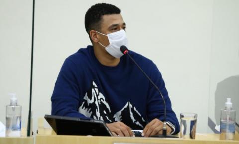 Vereador Juninho Dias pede melhorias no asfalto da SP-304