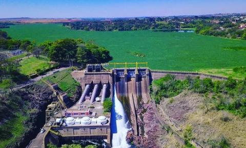 Homem tem 70% do corpo queimado na barragem do Salto Grande