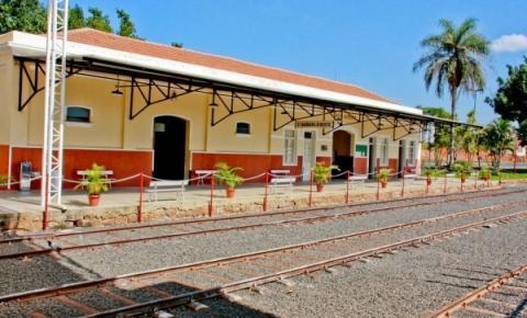Com apresentação musical e passinho de flashback, S.Bárbara tem Estação Artesanal neste domingo