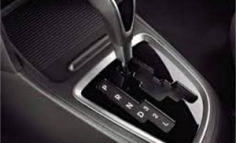Nosso guia Motors deste final de semana traz uma questão importante: a manutenção do seu carro equipado com câmbio automático.