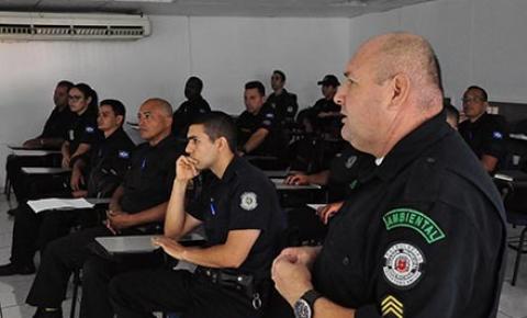 Guardas municipais de Sumaré participam de treinamento na Gama sobre fiscalização ambiental