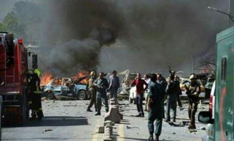 Atentado mata 40 pessoas e deixa mais de 140 feridos em Cabul