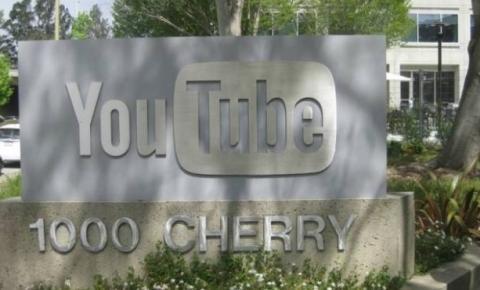 Mulher que atacou sede do YouTube nos EUA estava furiosa com a empresa, diz pai
