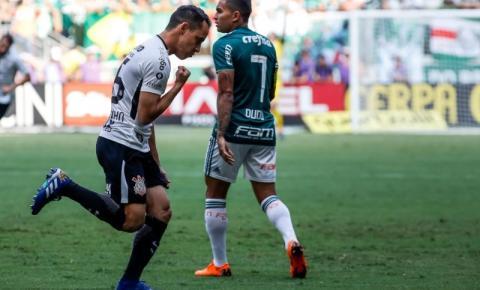 Corinthians vence no tempo normal, bate Palmeiras nos pênaltis e fatura o título