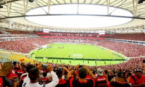 Treino do Flamengo reúne mais de 45 mil no Maracanã