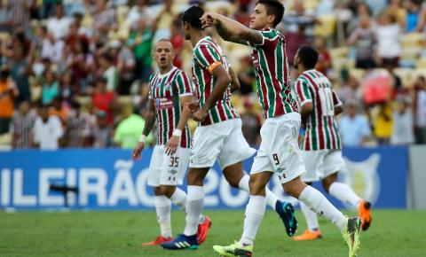 Com um a menos, Fluminense segura pressão e derrota o Cruzeiro no Maracanã