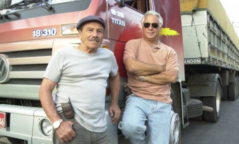 Há 14 anos, Pedro e Bino organizavam bloqueio em estrada na TV