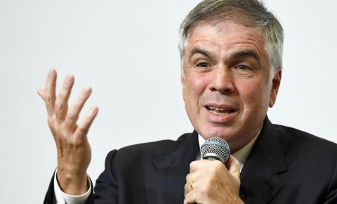 Dono da Riachuelo desiste de ser candidato à Presidência da República