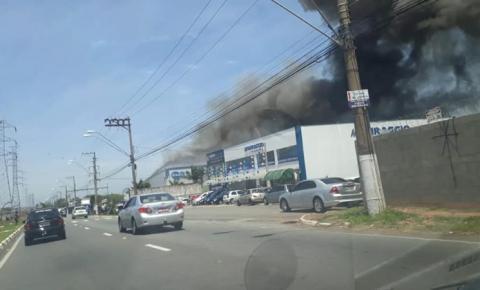 Incêndio atinge indústria em Hortolândia