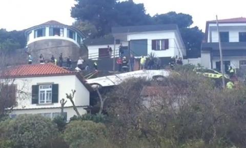 Acidente com ônibus mata 28 pessoas em Portugal