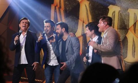 Sertanejos divulgam data, local e preço de shows da turnê 'Amigos'