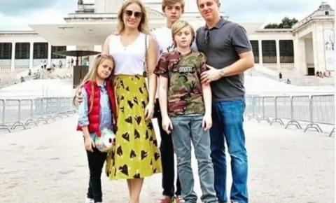 Angélica e Huck vão ao Santuário de Fátima agradecer pela recuperação do filho