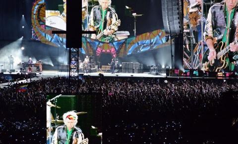 Fãs comemoram o Dia Mundial do Rock neste sábado