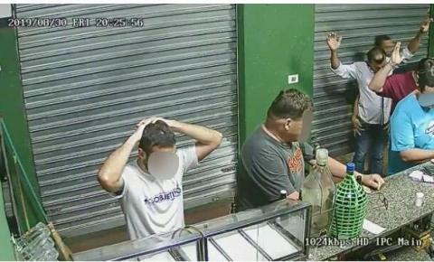 Trio rouba bar em Americana e imagens foram gravadas por sistema de segurança
