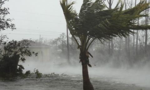 Bahamas confirma ao menos 20 mortos após passagem do furacão Dorian