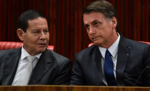 Bolsonaro deve passar a Presidência a Mourão de domingo a quinta-feira