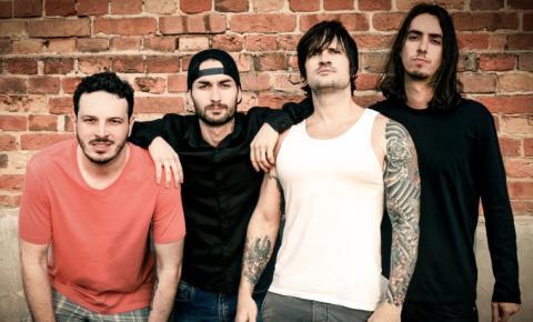 Tivoli Shopping faz tributo à banda Red Hot Chili Peppers