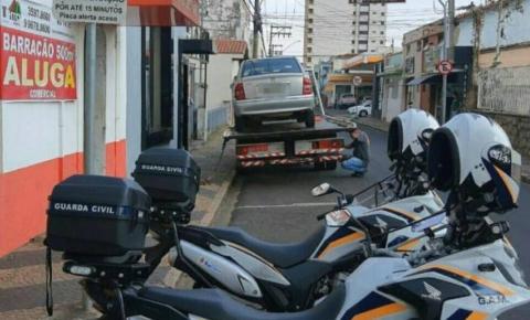 Guarda Civil apreende carro com mais de R$ 6,4 milhões em multas