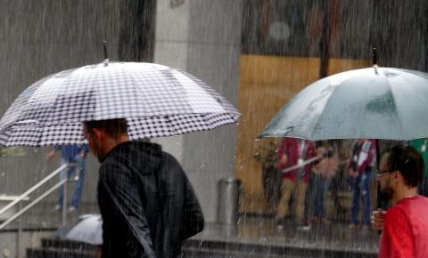 Chuvas voltam à região nesta quinta; calor deve permanecer