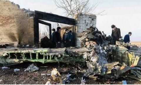 Após queda de avião, Irã registra terremoto perto de usina nuclear