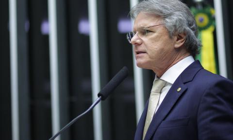 Macris pede articulação de Bolsonaro em meio à crise do coronavírus