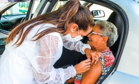 Agendamento de vacina para idosos pode ser feito por e-mail em S. Bárbara