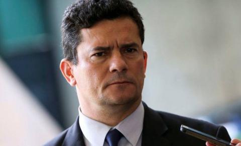 Sérgio Moro cogita deixar governo após Bolsonaro anunciar troca no comando da PF